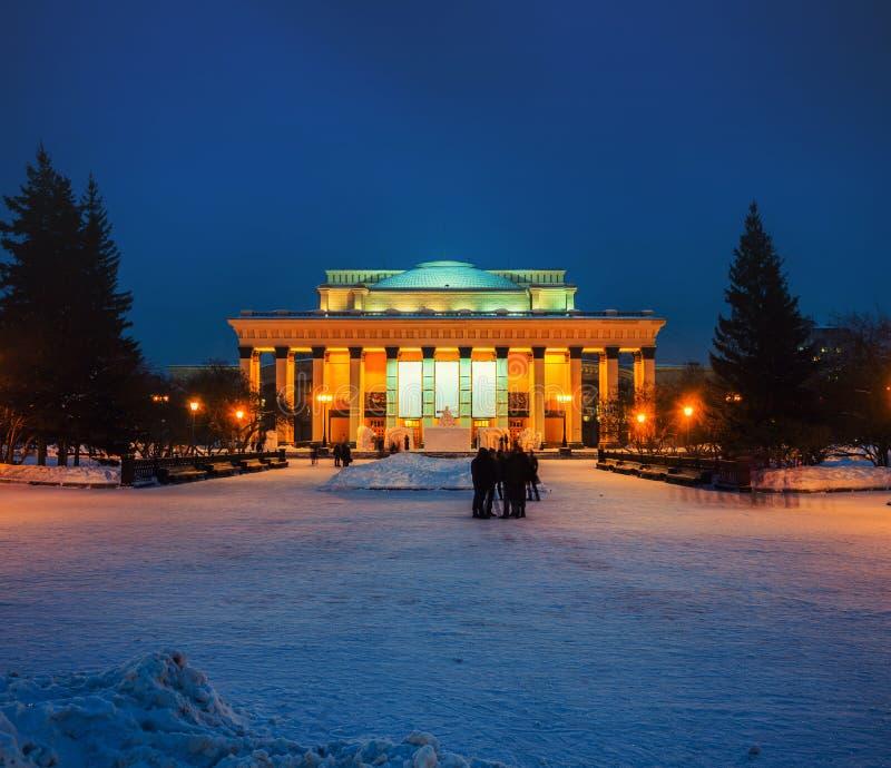 Nowosibirsk-Opern-und -ballett-Theater in Russland stockbilder