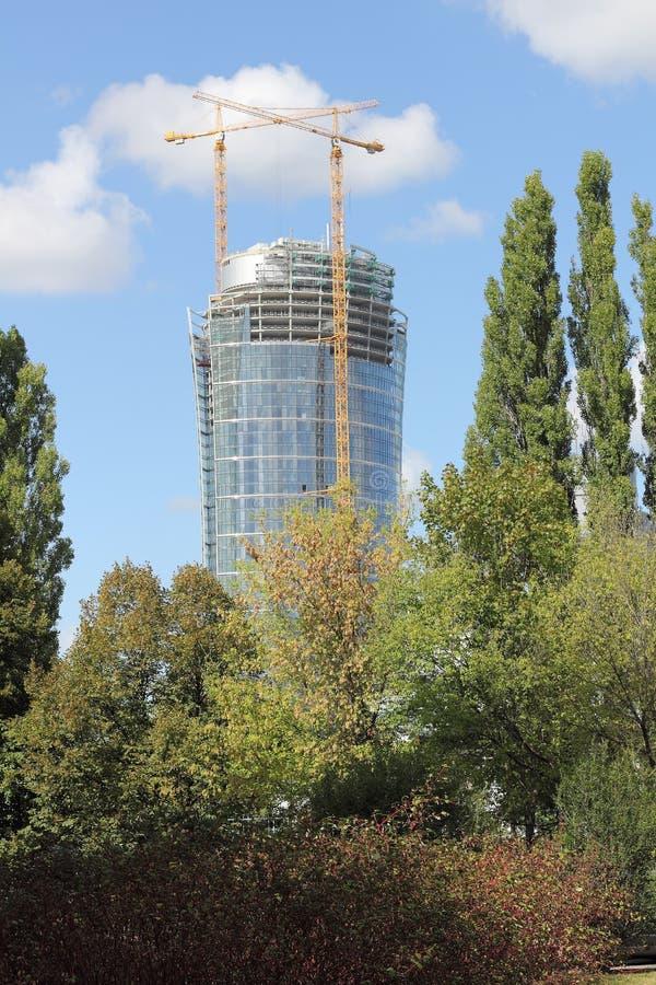 Nowy biura wierza Warszawska iglica w Polskim kapitale obraz royalty free