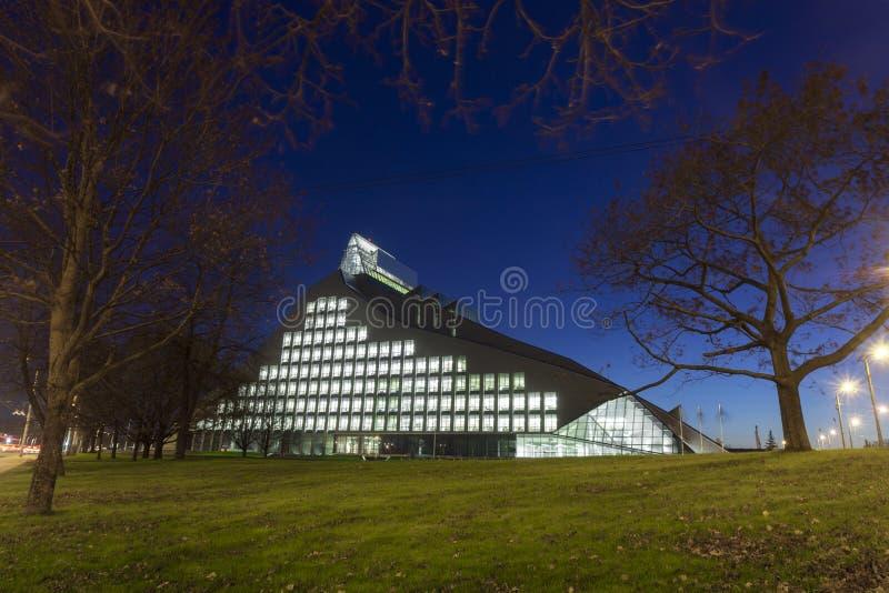 Nowy budynek Krajowa biblioteka Latvia fotografia royalty free