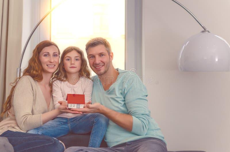 nowy dom rodzinny fotografia royalty free
