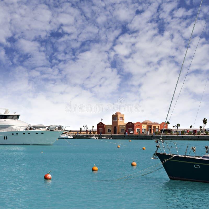Download Nowy Hurghada marina zdjęcie stock. Obraz złożonej z budynek - 28970216