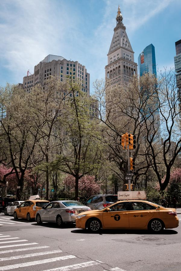 Nowy Jork linia horyzontu Manhattan i taxi obraz royalty free