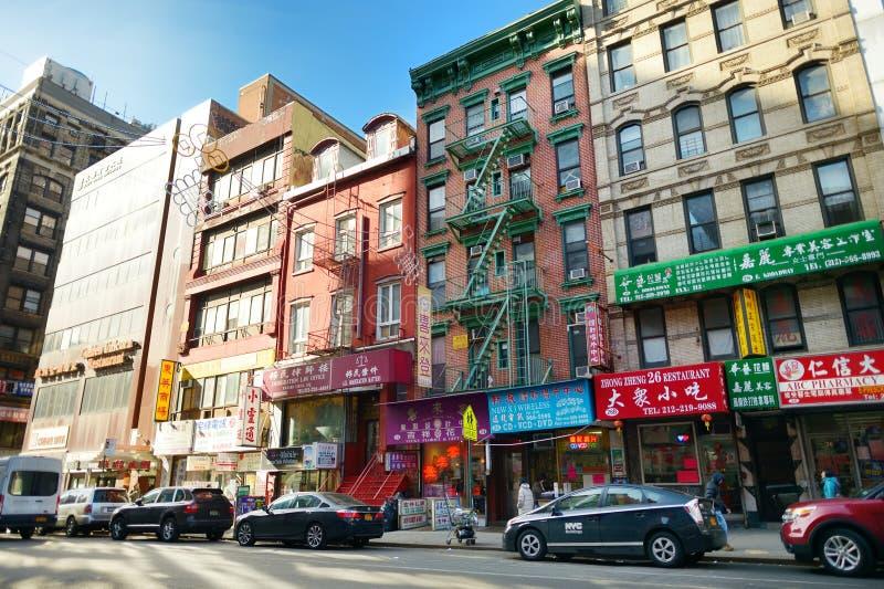 NOWY JORK, MARZEC - 21, 2015: Uliczny widok Chinatown okręg Miasto Nowy Jork, usa obrazy stock