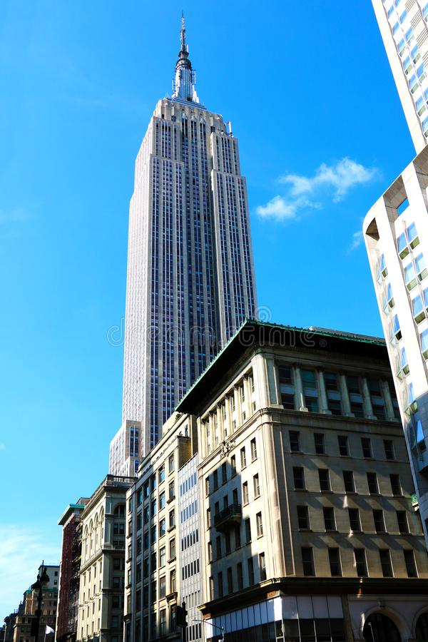 NOWY JORK, SIERPIEŃ - 25, 2018: Fotografia empire state building w Miasto Nowy Jork fotografia royalty free