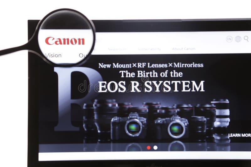 Nowy Jork, usa - Marzec 25, 2019: Illustrative artykuł wstępny Canon strony internetowej homepage Canon logo widoczny na pokazu e zdjęcie stock