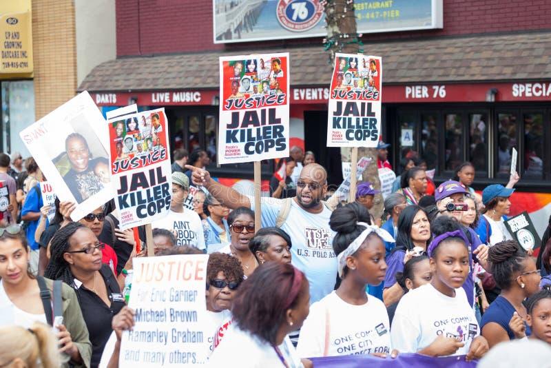 NOWY JORK, usa - SIERPIEŃ 23, 2014: Tysiące marsz w Staten Islan zdjęcia royalty free