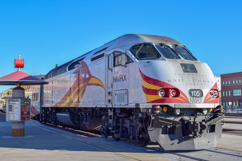 Nowy - Mexico poręcza biegacza pociągu lokomotywa fotografia royalty free
