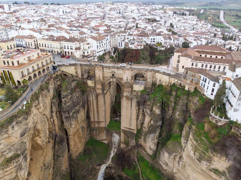 Nowy most w Ronda, jeden sławne białe wioski w Andalucia, Hiszpania Fotografia od powietrza, Marzec 2018 obrazy royalty free