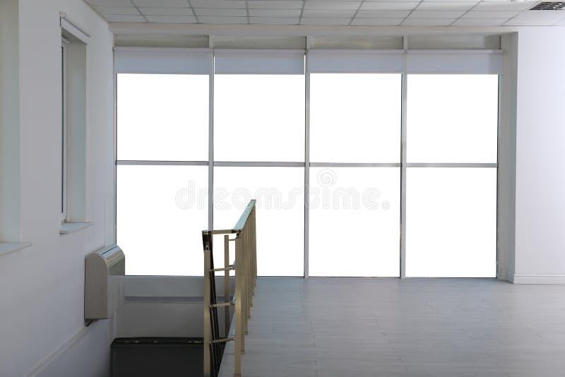 Nowy nowożytny okno zdjęcia stock