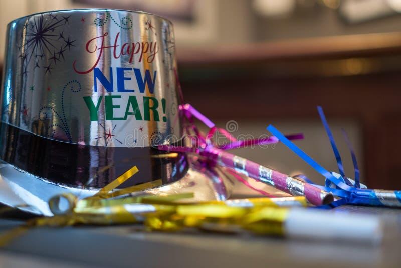 Download Nowy Rok Wigilii Przyjęcia Kapeluszu Obraz Stock - Obraz złożonej z nowy, przyjęcie: 106922723