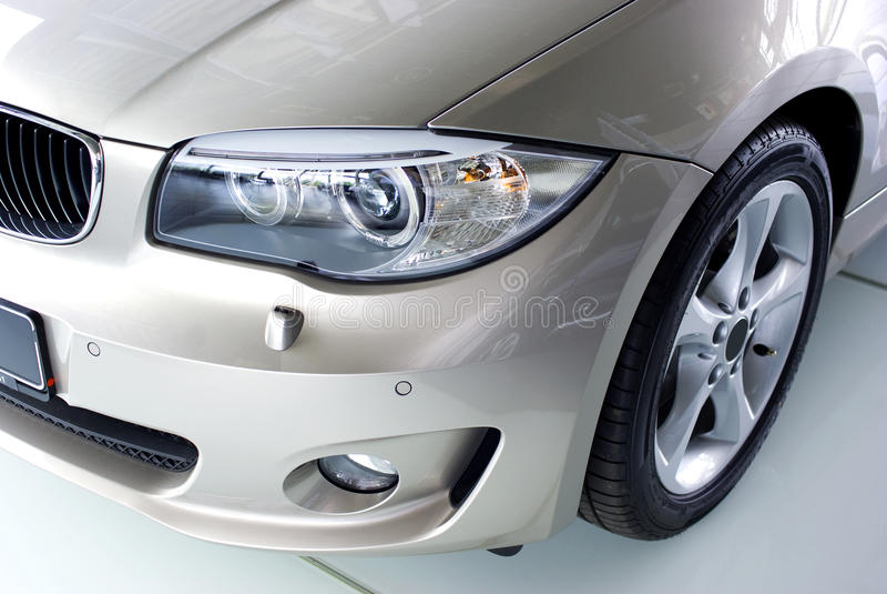 Nowy samochód obraz royalty free