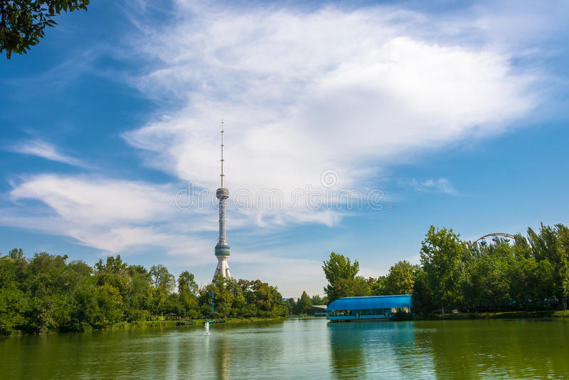 Nowy Tashkent TV wierza fotografia royalty free