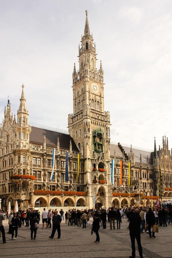 Nowy urząd miasta. Monachium. Niemcy zdjęcia royalty free