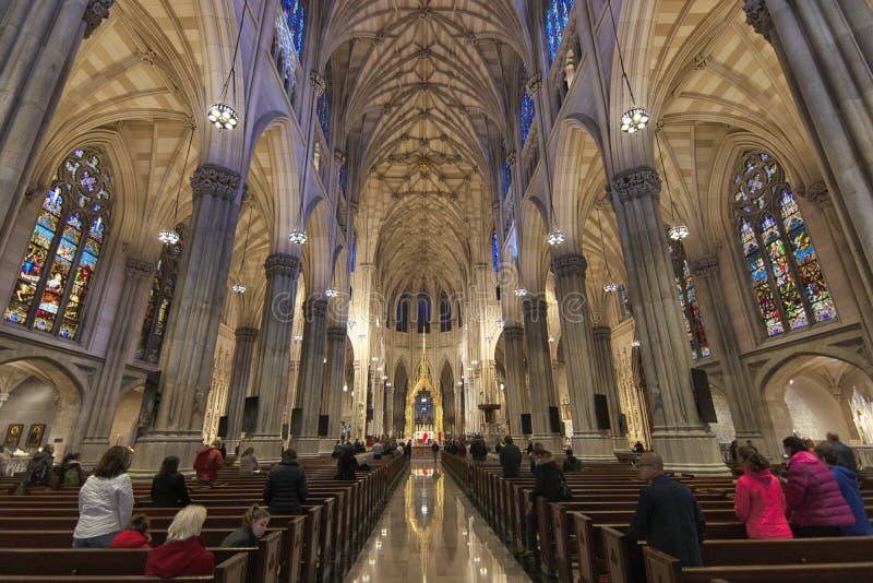 Nowy York Patrick kościół świątobliwy wnętrze obrazy stock