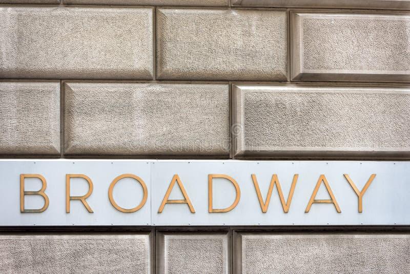 Nowy York znak uliczny: Broadway zdjęcia stock