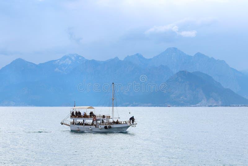 2019 nowych fotografii wybrzeży stary grodzki Kaleici w Antalya, Turcja zdjęcie royalty free