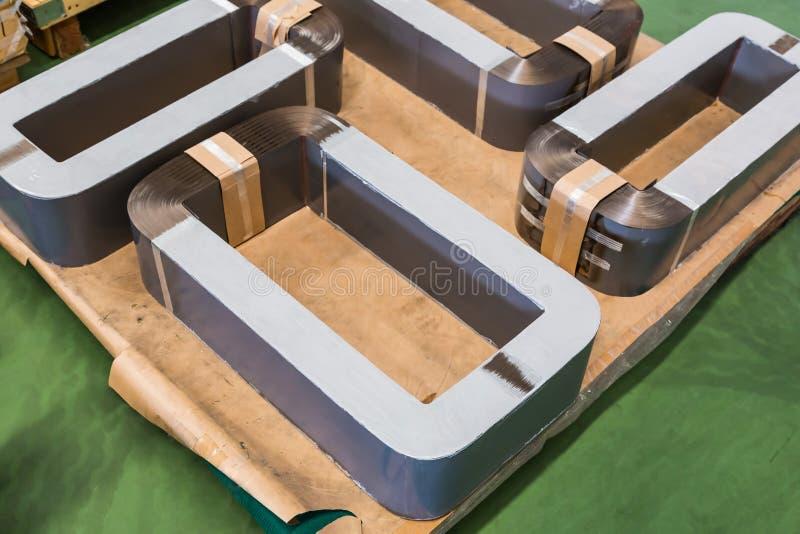 Noyaux amorphes en métal pour le transformateur amorphe AMT en métal photographie stock