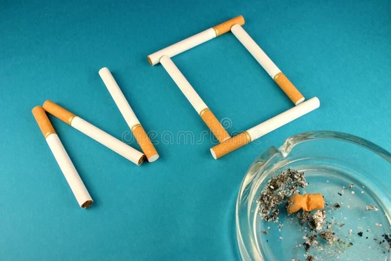 Download Nr. 2 - röka arkivfoto. Bild av läkarundersökning, anthropomorphism - 280090
