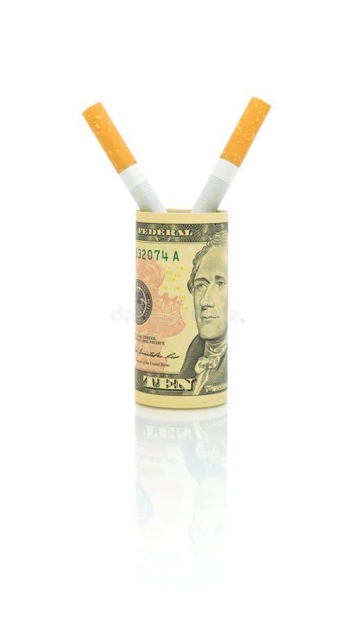 Nr die - roken. Sigaretten en geld op een witte achtergrond. royalty-vrije stock foto's