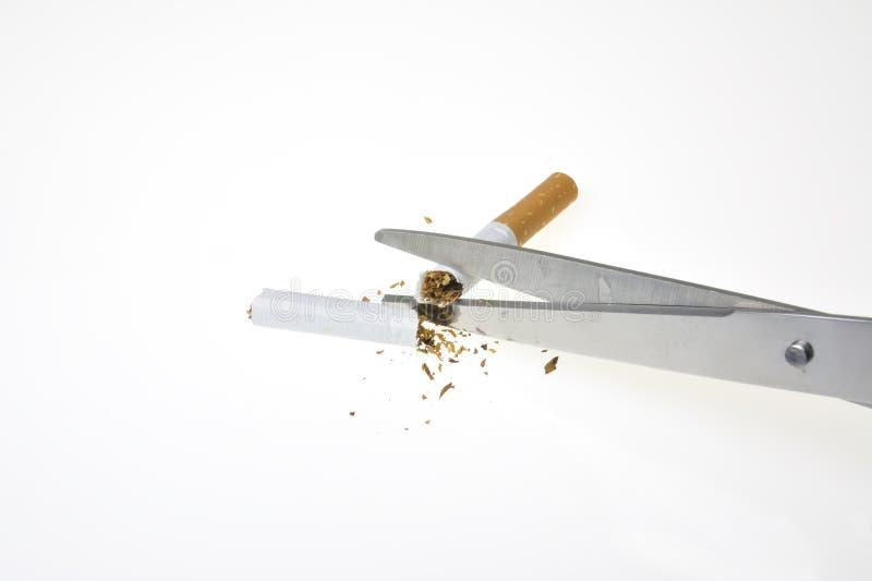 Download Nr - rokende sigaret stock afbeelding. Afbeelding bestaande uit nicotine - 10780119