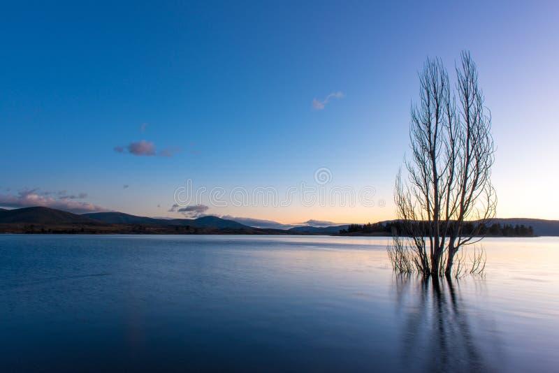 NSW的湖Jindabyne 免版税图库摄影