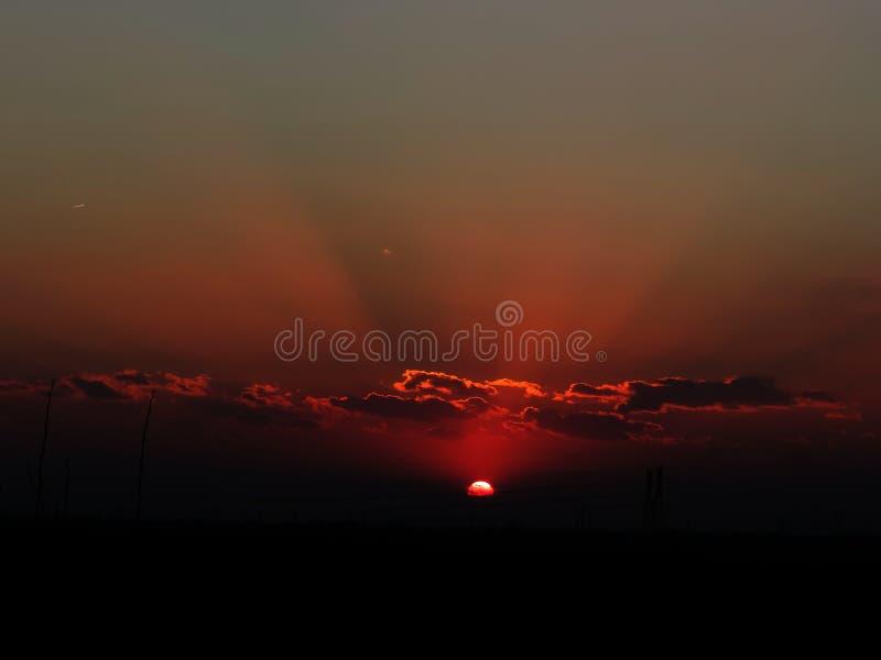Nuage avec le soleil photographie stock libre de droits
