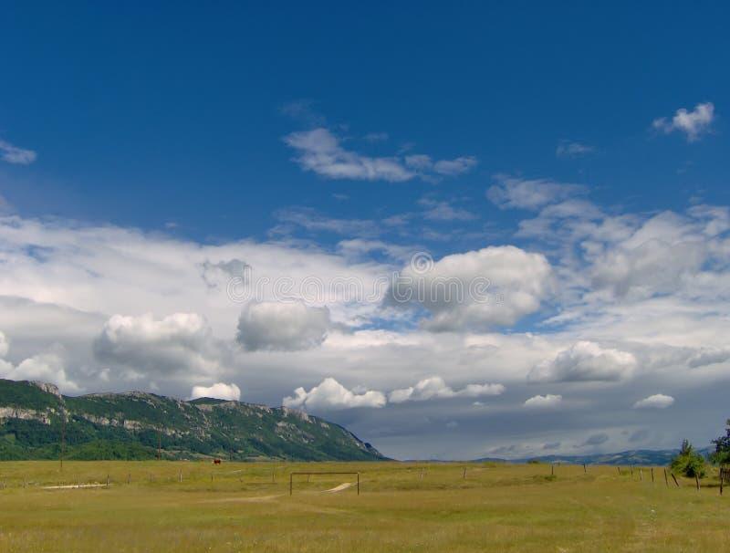 Nuage du ciel bleu photographie stock