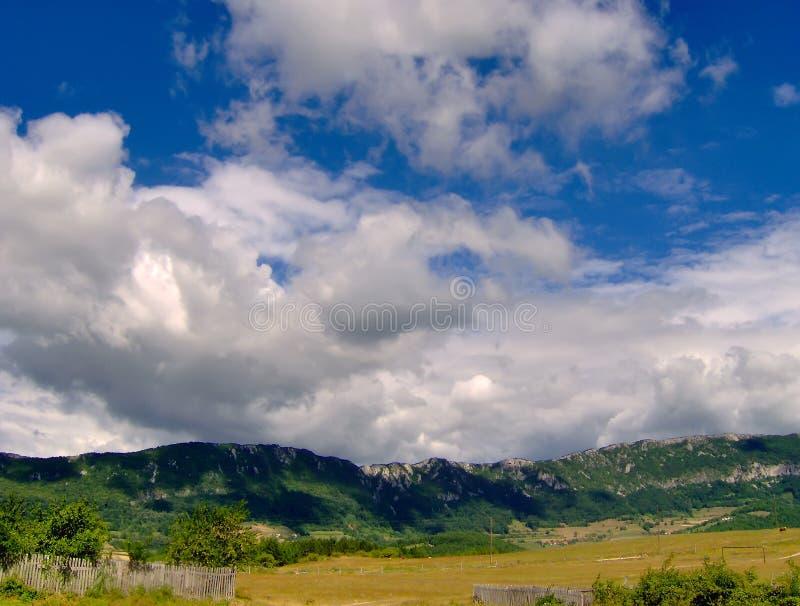 Nuage du ciel bleu photographie stock libre de droits
