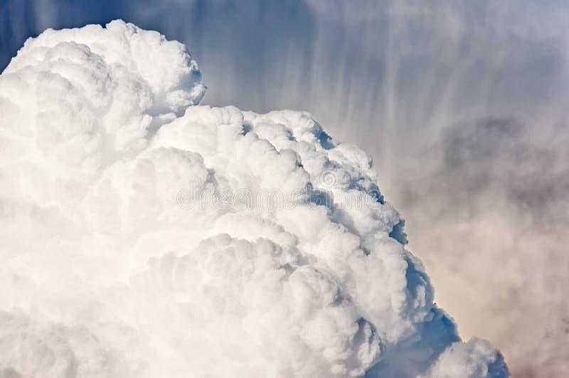 Nuage orageux de cumulonimbus image libre de droits