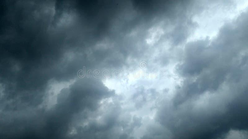 Nuage pluvieux photos libres de droits