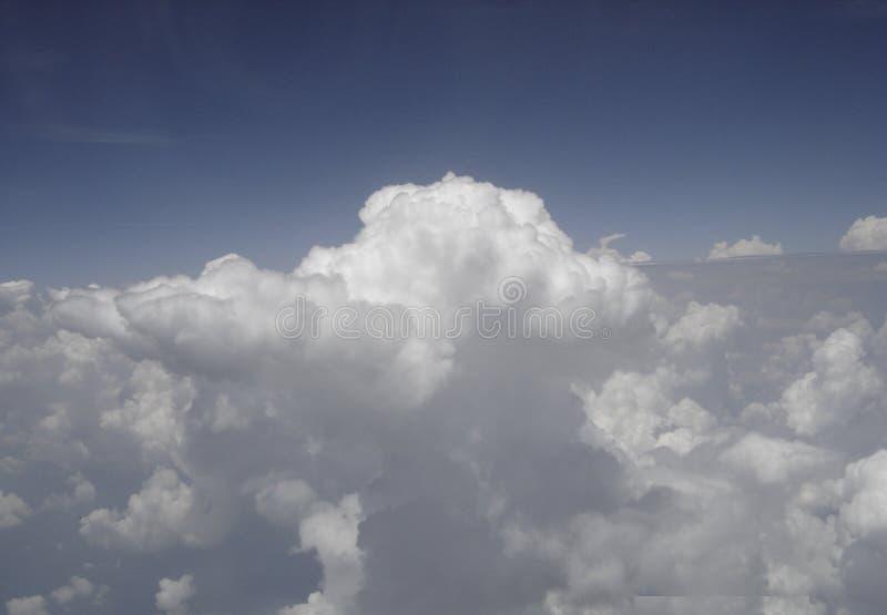 Nuages à 30.000 pieds photographie stock libre de droits