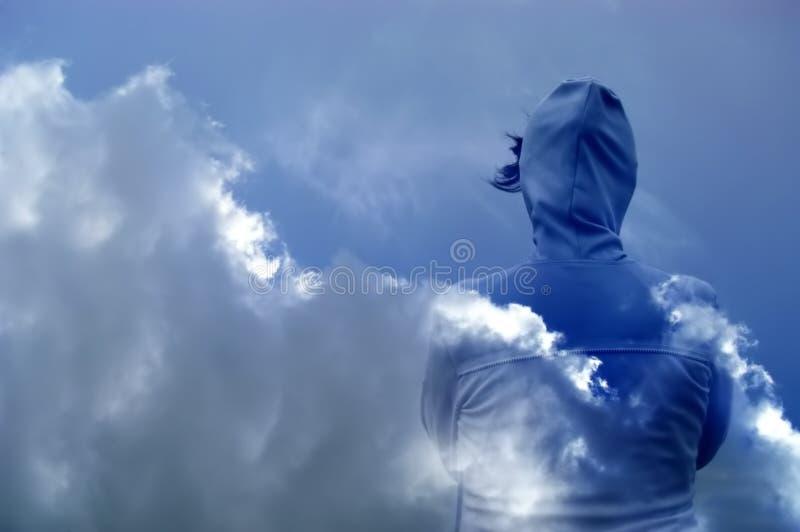 Download Nuages photo stock. Image du vêtements, atmosphère, nuageux - 733862