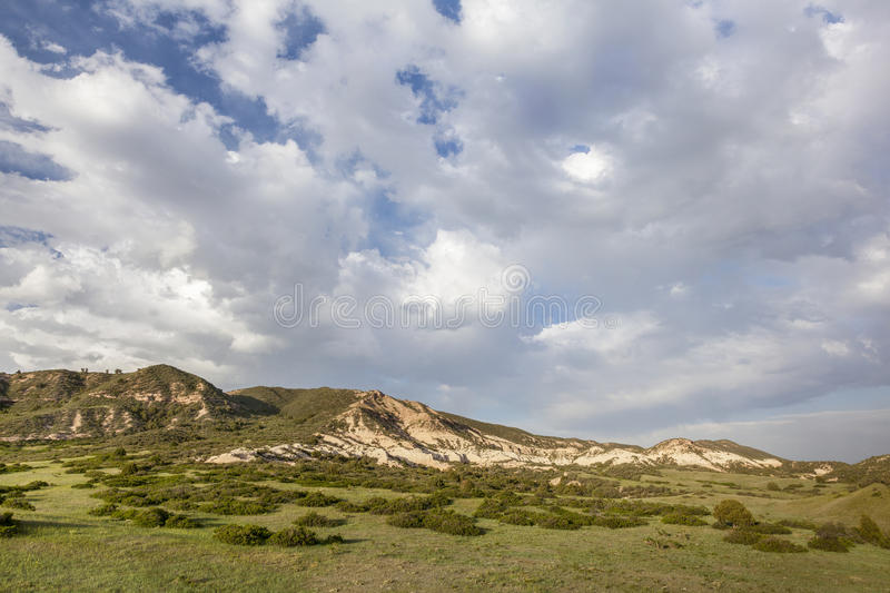 Nuages au-dessus de ranch du Colorado photographie stock