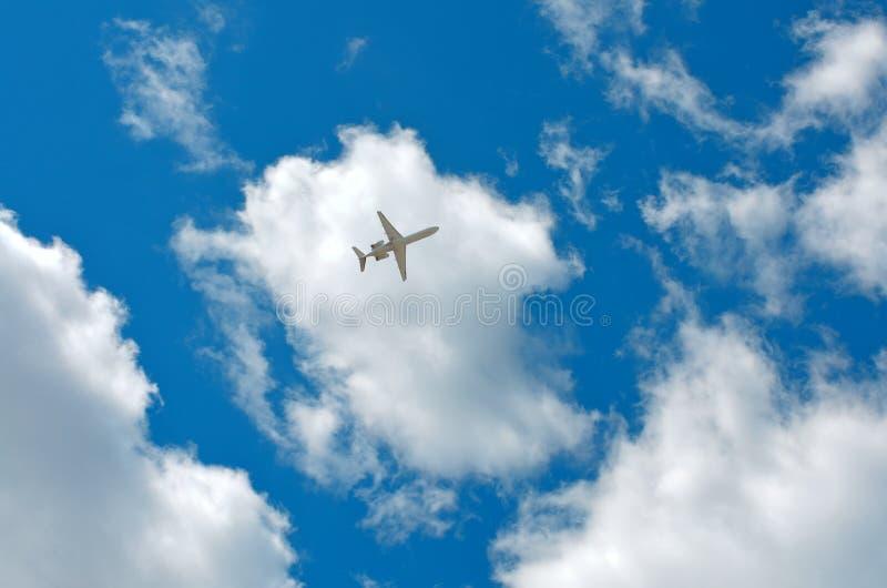 Nuages, ciel, avion photo libre de droits