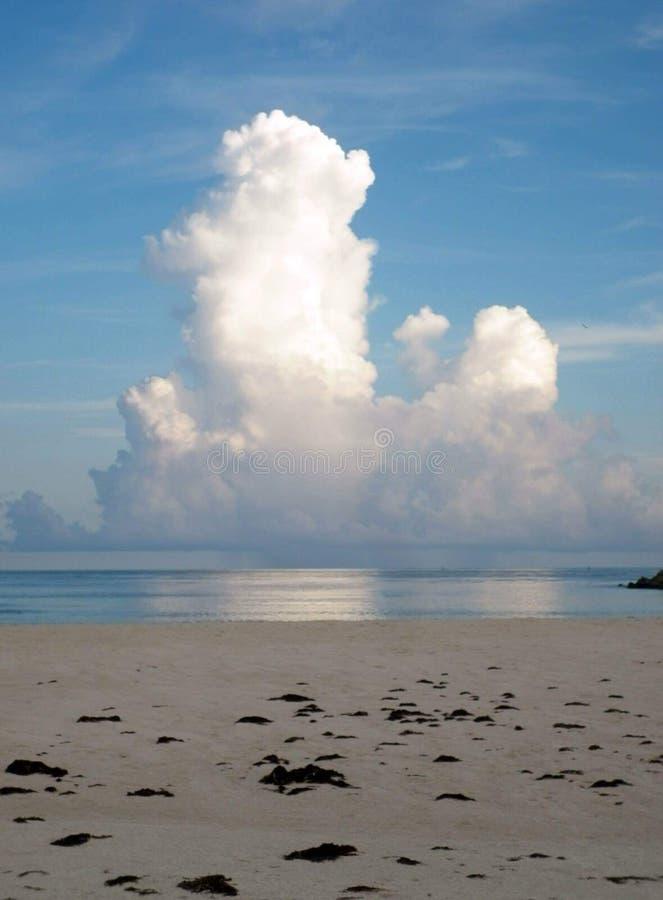 Nuages d'océan photo stock