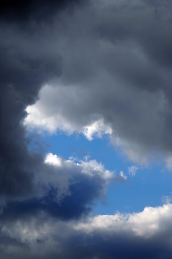 Nuages de tempête photographie stock