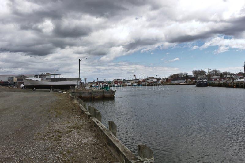 Nuages de tempête au port 3110 image libre de droits