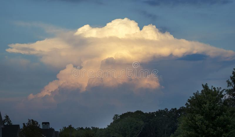 Nuages de tempête de cumulonimbus de cumulo-nimbus, la Géorgie Etats-Unis images libres de droits