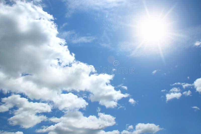 Nuages et ciel photographie stock libre de droits