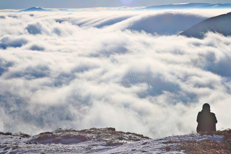 """Nuages sur le ska de """"de WetliÅ d'onina de 'de PoÅ en montagnes de Bieszczady photo stock"""