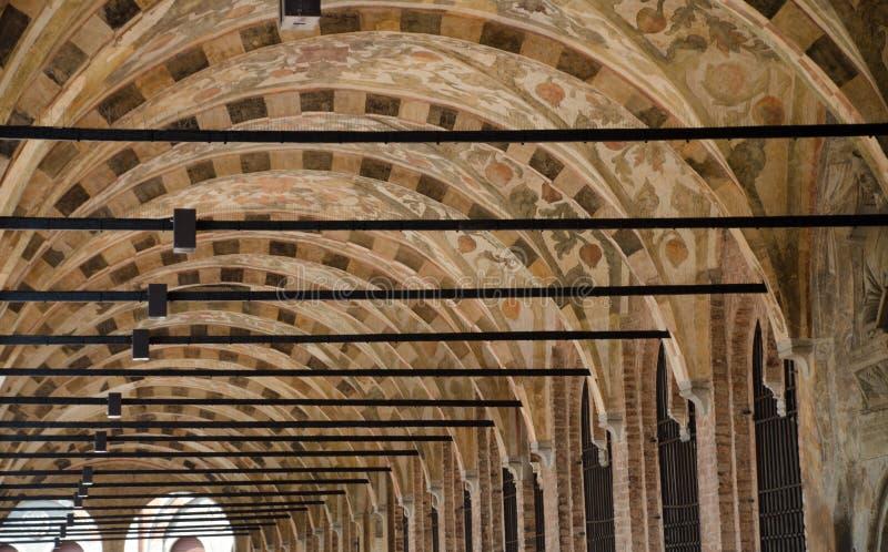 Nuances d'été dans la galerie supérieure du palais de Ragione, Padoue photos stock