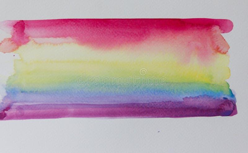 Nuances d'arc-en-ciel avec l'aquarelle sur le livre blanc photos libres de droits