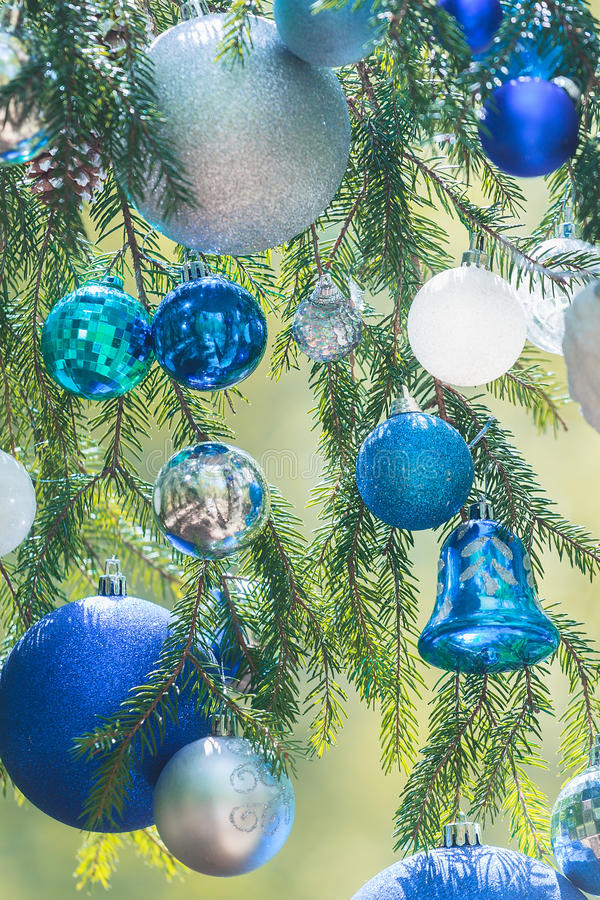 Nuances de Noël des babioles bleues de gamma de couleur photographie stock