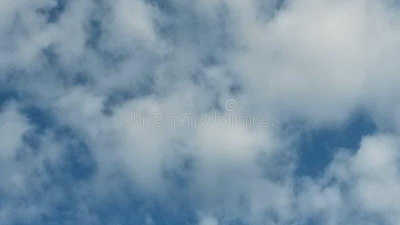 Nube afuera foto de archivo libre de regalías