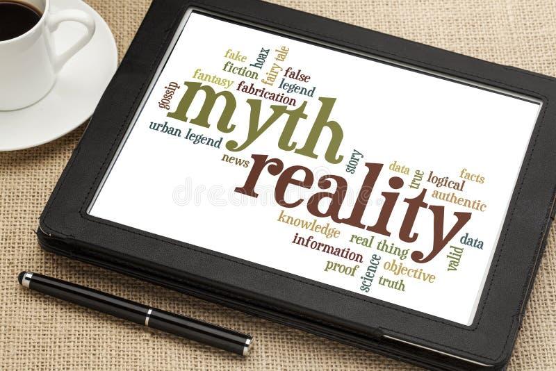 Nube del mito y de la palabra de la realidad foto de archivo libre de regalías