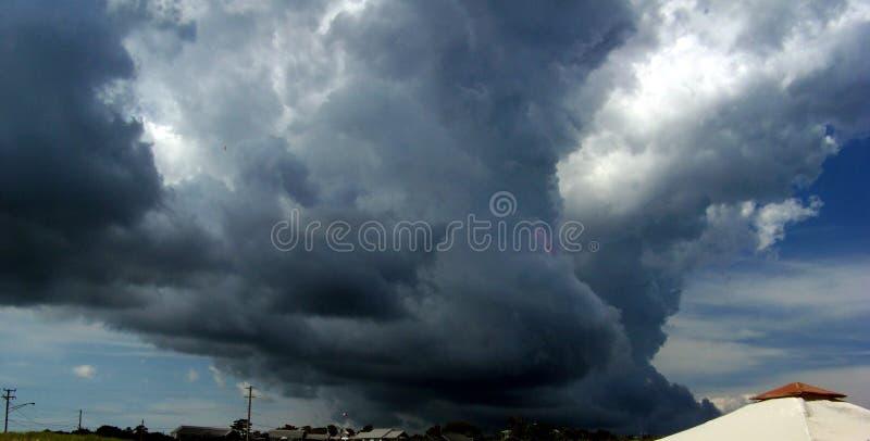 Nube oscura en la playa de Nauset, Orleans, mA foto de archivo libre de regalías