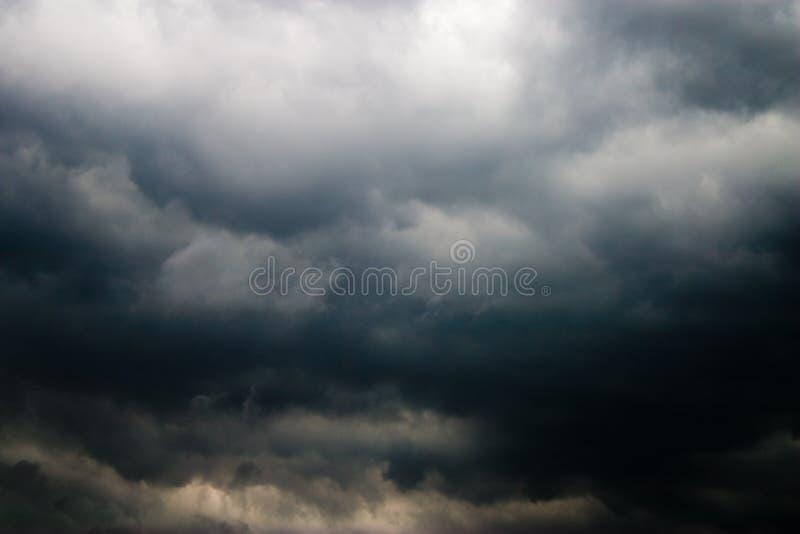 Nube pesada fotos de archivo