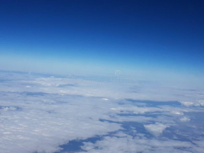 Nube y cielos desde arriba imagen de archivo libre de regalías