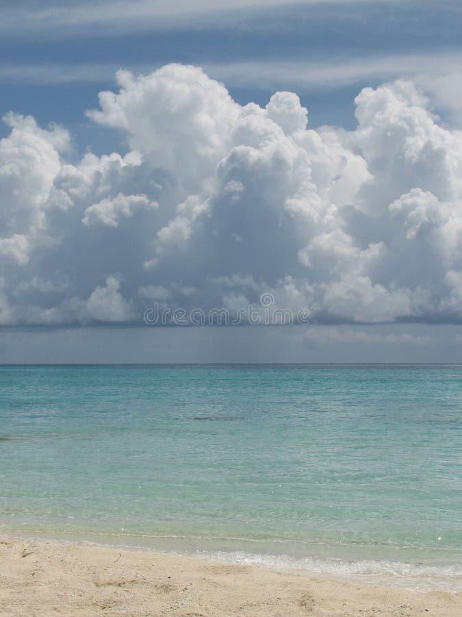 Nubes de cúmulo fotografía de archivo