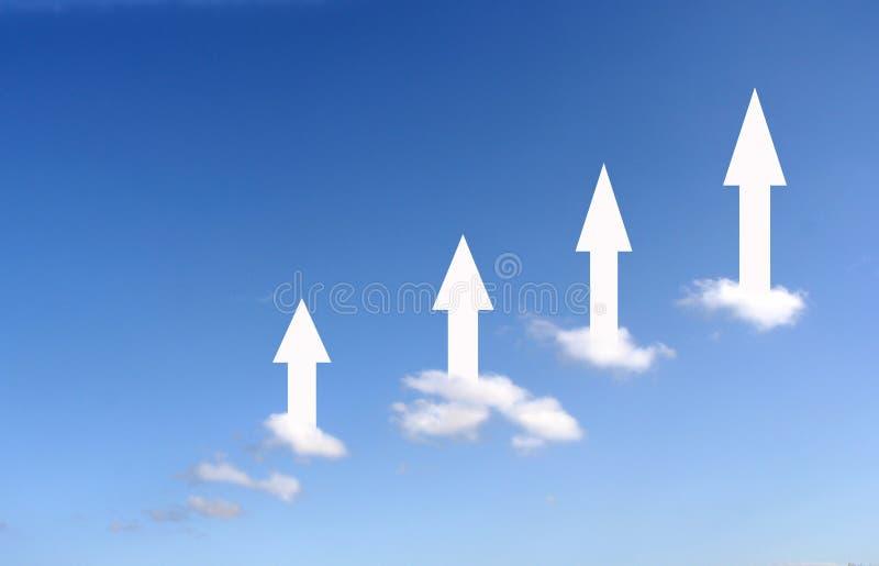 Nubes de levantamiento stock de ilustración
